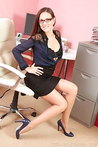 Leggy Zuzanah Undressed On The Secretary Table
